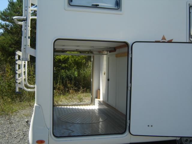 Moncayo grand garage caravaning v hicules gap 05000 for Garage citroen gap