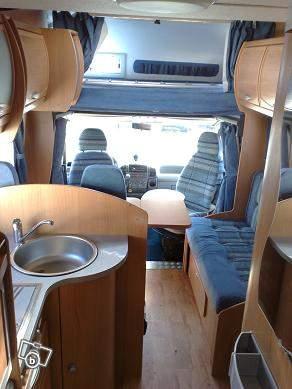 location de camping car caravaning v hicules nice 06300 annonce gratuite caravaning. Black Bedroom Furniture Sets. Home Design Ideas