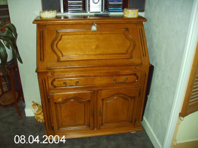 meuble secretaire ameublement maison saint tienne 42100 annonce gratuite ameublement. Black Bedroom Furniture Sets. Home Design Ideas