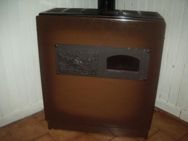 poele mazout deville electrom nager maison montagnac 34530 annonce gratuite electrom nager. Black Bedroom Furniture Sets. Home Design Ideas