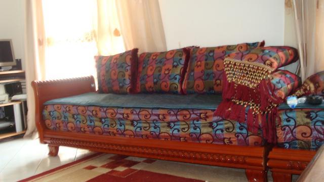 salon marocain banquettes ameublement maison limay 78520 annonce gratuite ameublement. Black Bedroom Furniture Sets. Home Design Ideas