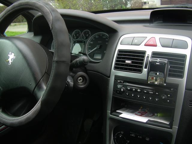 307 sw 2l hdi 90 ch voitures v hicules quimper 29000 annonce gratuite voitures. Black Bedroom Furniture Sets. Home Design Ideas