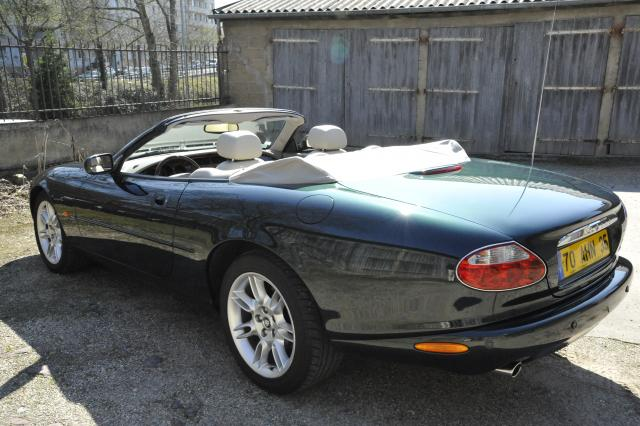 route occasion jaguar xk8 cabriolet occasion. Black Bedroom Furniture Sets. Home Design Ideas