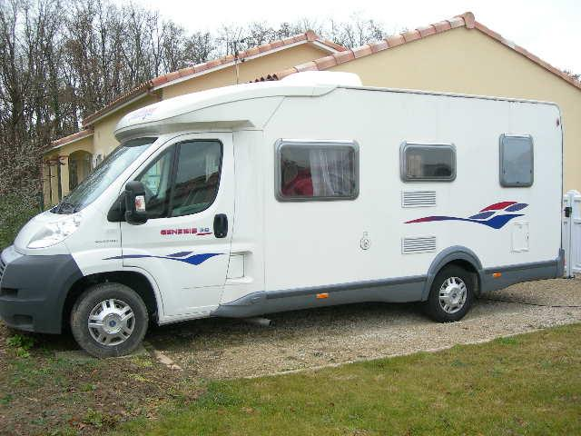 camping car g n sis 38 challenger caravaning v hicules toulouse 31500 annonce gratuite. Black Bedroom Furniture Sets. Home Design Ideas