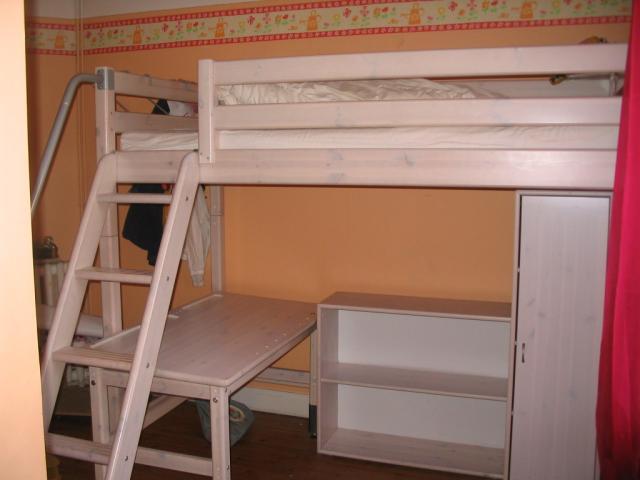 Chambre enfant mezzanine ameublement maison maisons for Chambre mezzanine enfant