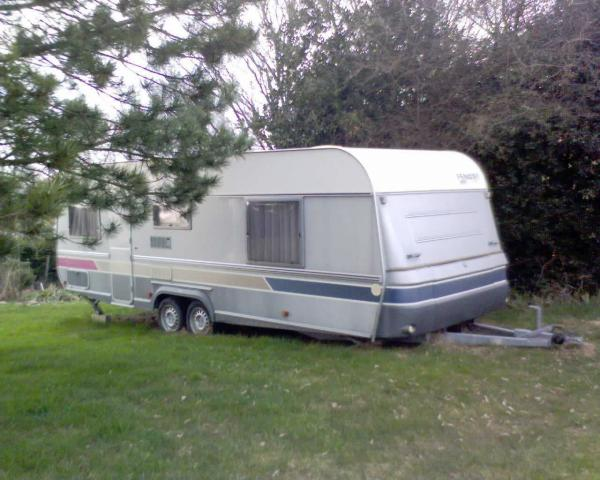 caravane fendt diamant 650 caravaning v hicules la c te saint andr 38260 annonce. Black Bedroom Furniture Sets. Home Design Ideas