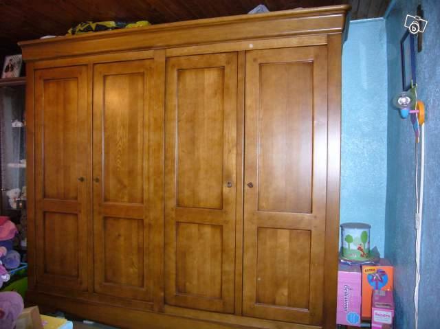 armoire chene massif 4 portes ameublement maison saint julien la v tre 42440 annonce. Black Bedroom Furniture Sets. Home Design Ideas