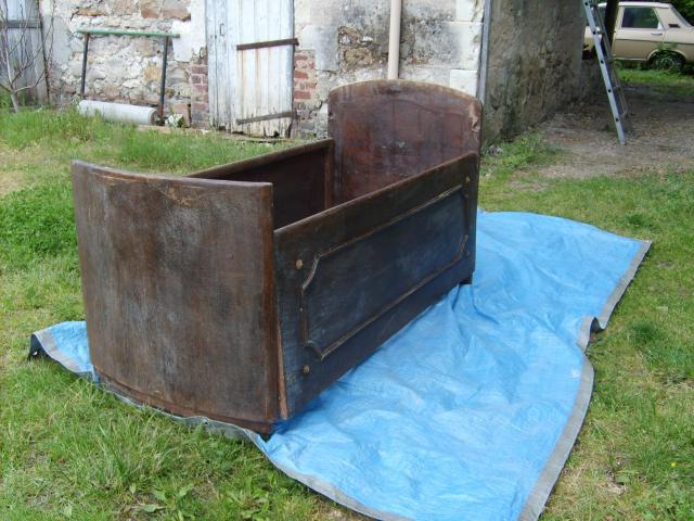 lit de b b ancien ameublement maison la chapelle aux choux 72800 annonce gratuite. Black Bedroom Furniture Sets. Home Design Ideas