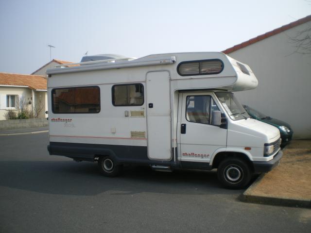 camping car 5 pl challenger 360sl peugeot j5 caravaning v hicules la tessoualle 49280. Black Bedroom Furniture Sets. Home Design Ideas