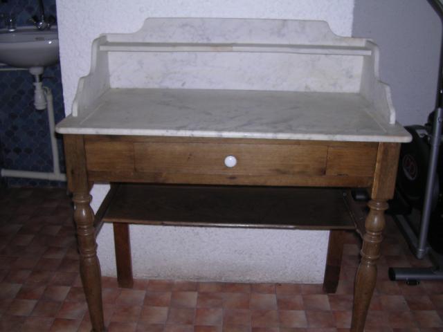 coiffeuse ancienne en parfaite etat ameublement maison vienne 38200 annonce gratuite. Black Bedroom Furniture Sets. Home Design Ideas