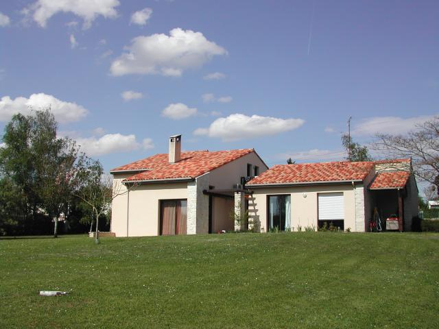 Maison contemporaine d 39 architecte ventes immobili res for Architecte cognac