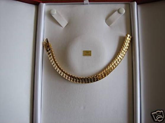 parure en or massif 18 carats 70 grammes montres bijoux. Black Bedroom Furniture Sets. Home Design Ideas