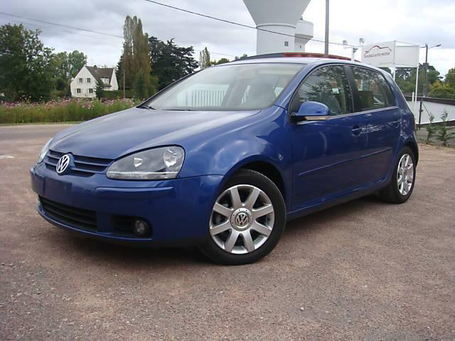 volkswagen golf v gt tdi 170 5 portes cuir 2005 33000 km voitures v hicules famars 59300. Black Bedroom Furniture Sets. Home Design Ideas