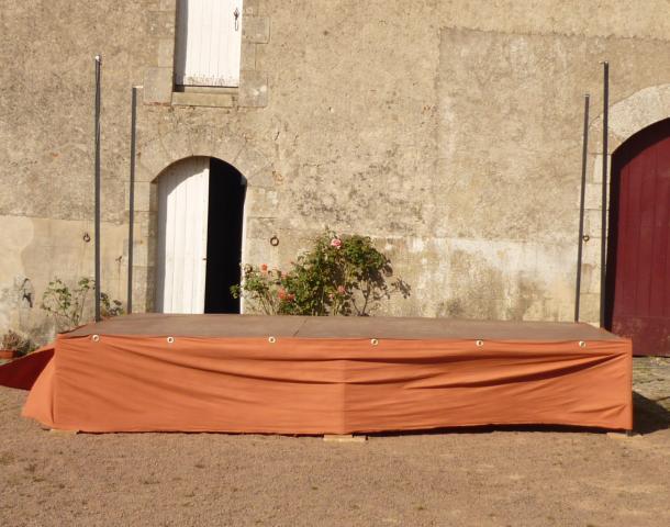 plateau scene theatre mat riel professionnel loisirs nantes 44300 annonce gratuite. Black Bedroom Furniture Sets. Home Design Ideas