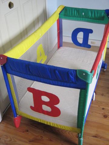 lit parapluie graco matelas equipement b b maison savigny sur orge 91600 annonce. Black Bedroom Furniture Sets. Home Design Ideas