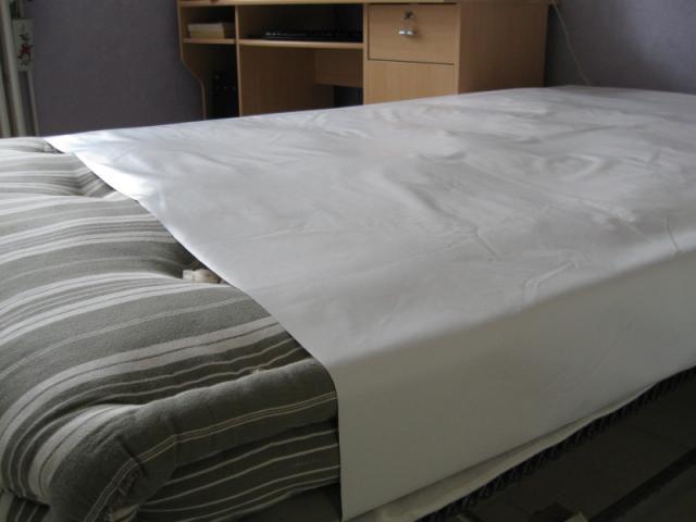 al se plastique au m trage neuve equipement b b maison. Black Bedroom Furniture Sets. Home Design Ideas
