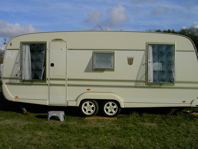 caravane tabbert caravaning v hicules chouz sur loire 37140 annonce gratuite caravaning. Black Bedroom Furniture Sets. Home Design Ideas