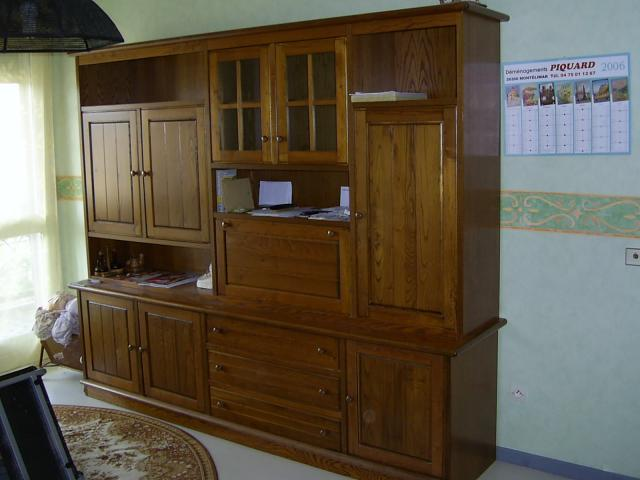 meuble s jour en chataignier massif ameublement maison la b gude de mazenc 26160 annonce. Black Bedroom Furniture Sets. Home Design Ideas