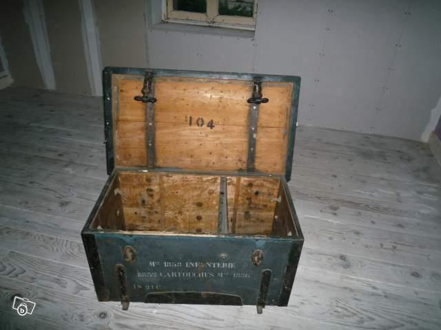 Malle militaire francaise collection loisirs chalon sur sa ne 71530 an - Malle militaire bois ...
