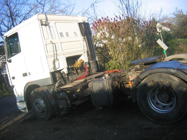 tracteur daf utilitaires v hicules rouen 76100 annonce gratuite utilitaires. Black Bedroom Furniture Sets. Home Design Ideas