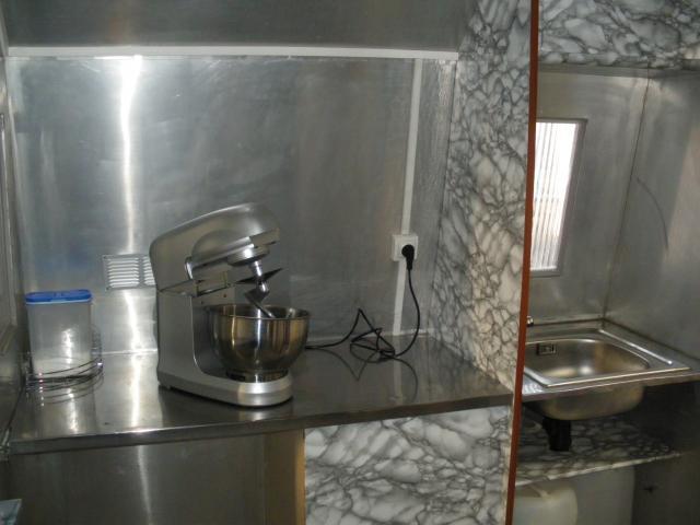 caravane snack a churros et crepe utilitaires v hicules toulouse 31500 annonce gratuite. Black Bedroom Furniture Sets. Home Design Ideas