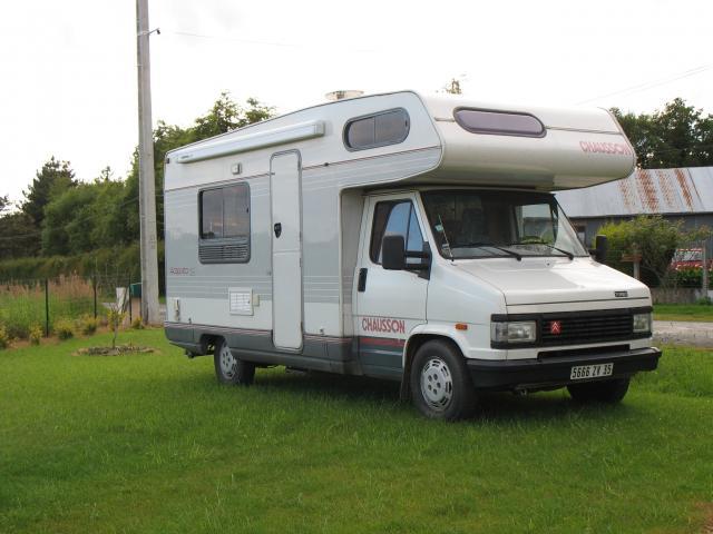camping car c25 td chausson caravaning v hicules maure de bretagne 35330 annonce gratuite. Black Bedroom Furniture Sets. Home Design Ideas