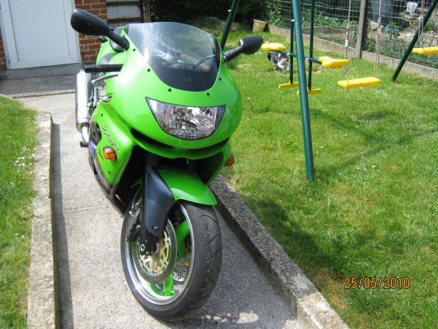 kawasaki zxr9 motos v hicules belgique 98 annonce gratuite motos. Black Bedroom Furniture Sets. Home Design Ideas