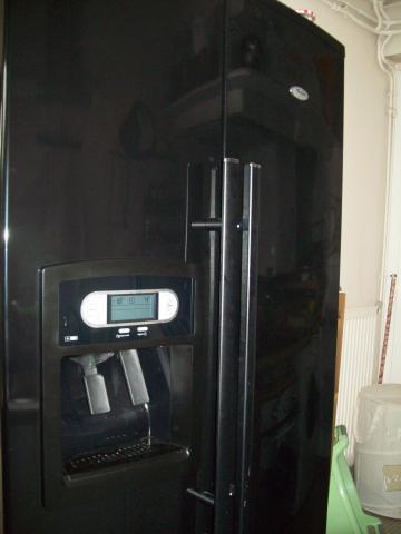 refrigerateur americain noir whirlpool electrom nager. Black Bedroom Furniture Sets. Home Design Ideas