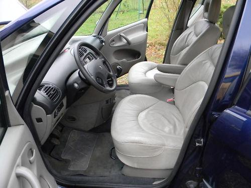 Citroen xsara picasso 2 0 hdi voitures v hicules for Interieur xsara picasso