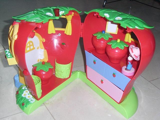 Maison de charlotte aux fraises jeux jouets loisirs for Maison de charlotte aux fraises