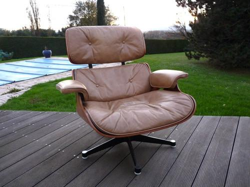 fauteuil eames lounge chair bricolage jardinage maison champagney 39290 annonce. Black Bedroom Furniture Sets. Home Design Ideas