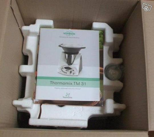 vends thermomix tm5 et tm31 vorwerk electrom nager maison la garenne colombes 92250. Black Bedroom Furniture Sets. Home Design Ideas